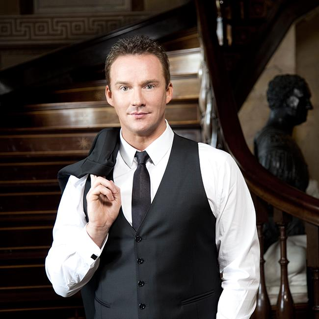 Russell Watson – Songs From The Heart