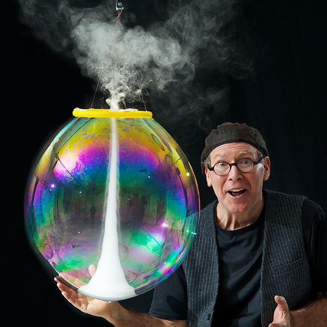 The Amazing Bubble Man 2018