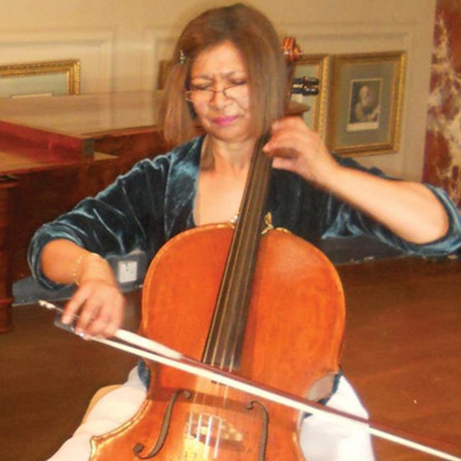 Clare Deniz (cello) & Allan Brown (piano) – Lunchtime Recitals