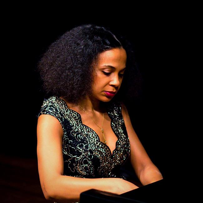 Rebeca Omordia (piano) –  Lunchtime Recital 2020