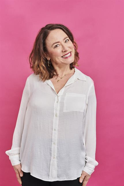 Arabella Weir, Does My Mum Loom Big In This?*