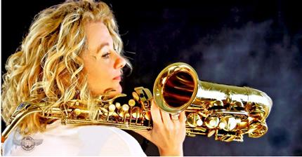 Kim Cypher Quintet: Funky Sax Player Meets 40s Jazz Singer