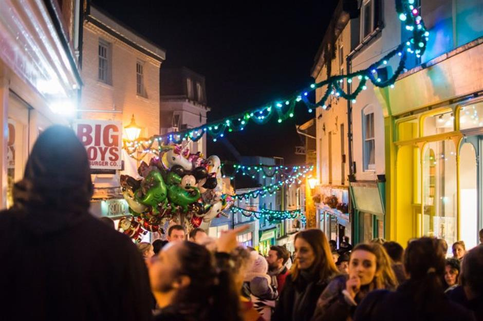 Christmas Lights Switch-on!