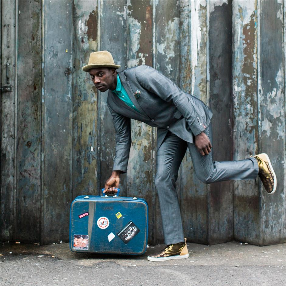 Themed Family Triennial Tour - Musical Suitcase of Art (2)