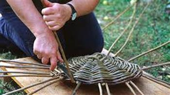 Craft of Weaving: Hedgerow Harvest Basket