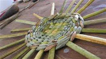 Craft of Weaving: Rush Foraging Basket