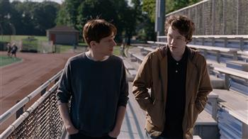 Louder Than Bombs [15]
