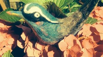 Crafted: Felted Favourites - Dog and Bird Brooches