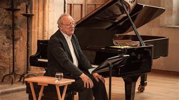 Alfred Brendel: On Playing Mozart