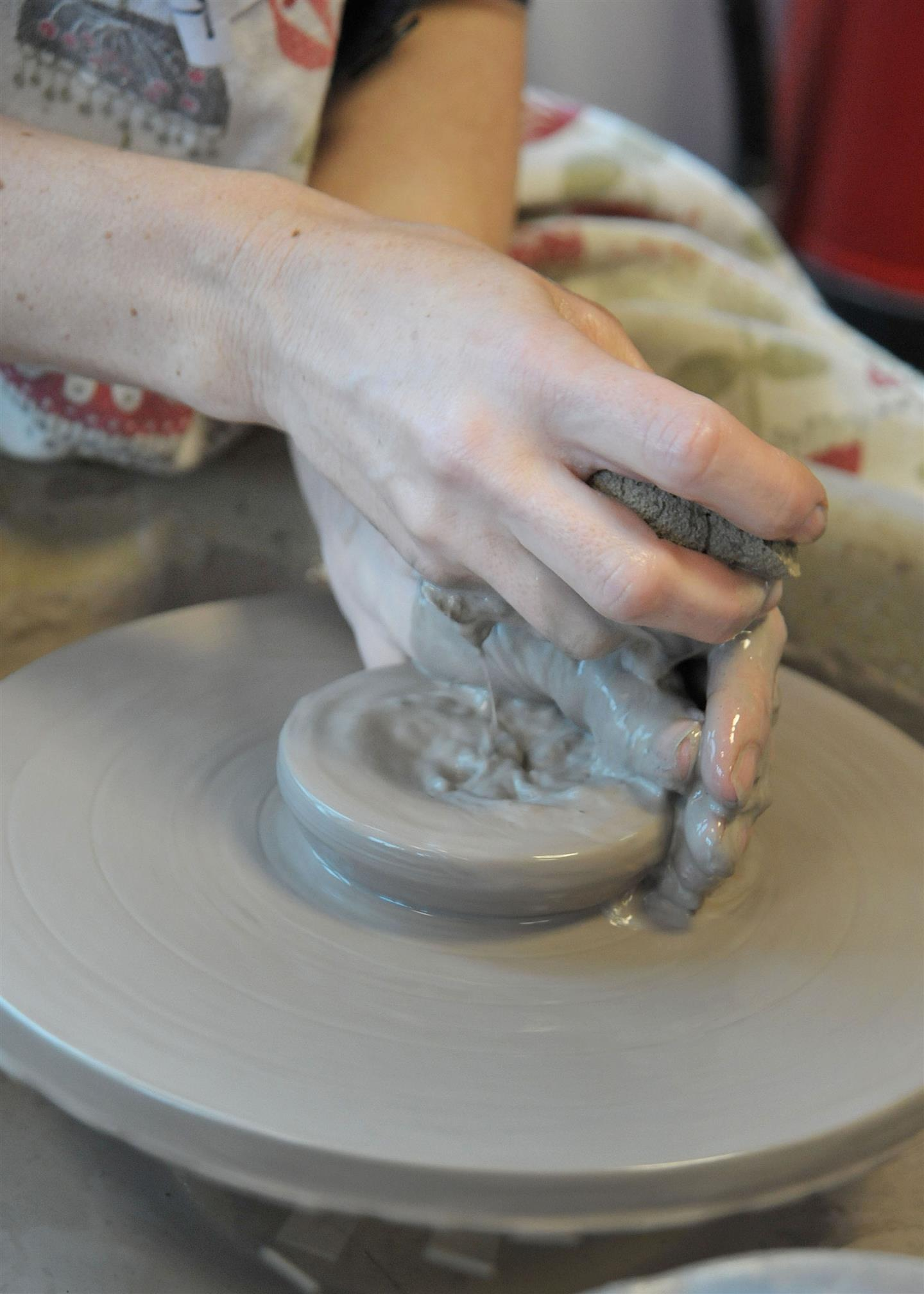 POTTERY INTERMEDIATE TUES PM T2