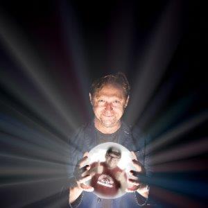 Ivan Brackenbury supports Tom Binns: The 'Psychic' Comedium