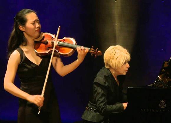 Lunchtime Concert: Joo Yeon Sir & Irina Andrievsky