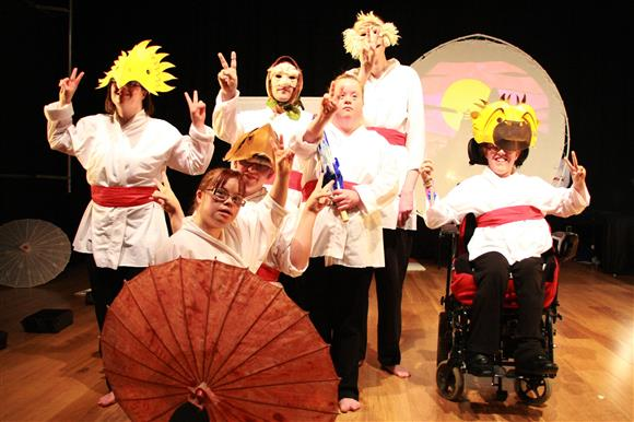 Hubbub Theatre Kessoko: Tales of Togetherness