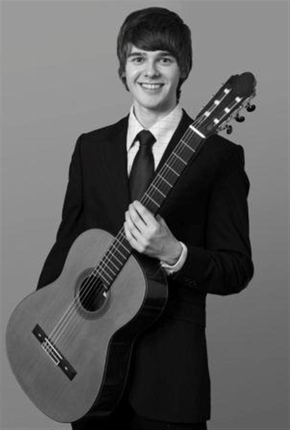 Lunchtime Concert: Andrew Booth - Guitar