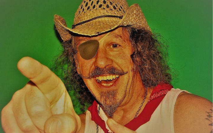 Cancelled - A Little Bit More - The Very Best of Dr Hook & More