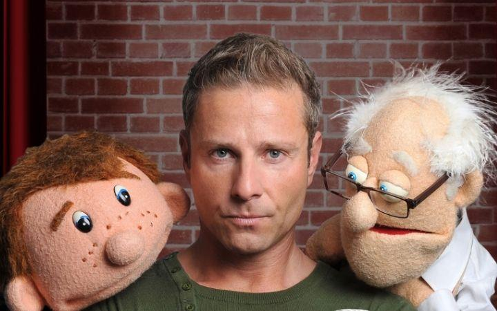 Paul Zerdin - Hands Free image