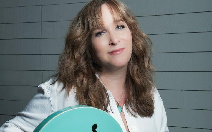 Gretchen Peters with special guest Kim Richey image