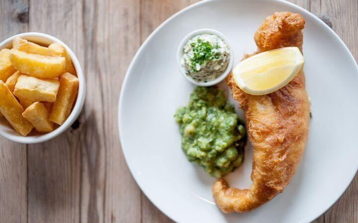 Cancelled - Fish and chips and a pint - Wilko Johnson image