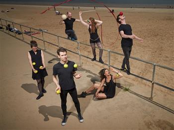 Featured image for Gandini, 8 Songs Workshop: Basic Juggling Technique