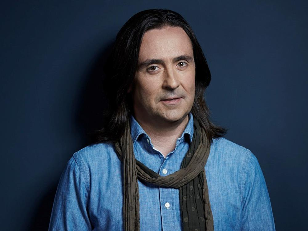 Main image for Neil Oliver – The Story of The British Isles in 100 Places