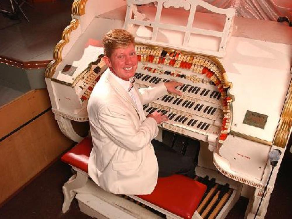 Main image for Wurlitzer: Robert Wolfe
