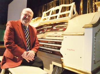 Featured image for Wurlitzer: Howard Beaumont